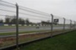 motorcyclist dies after track day crash at donington park