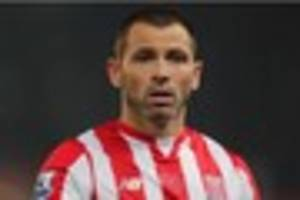 phil bardsley signs up for another year at stoke city