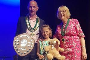audience brought to tears as six-year-old girl handed citizen award at street investiture