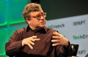linkedin founder reid hoffman and bill gates team up for a $30 million investment in petition site change.org (msft)
