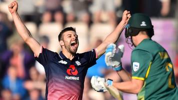 england win thriller to seal series against south africa