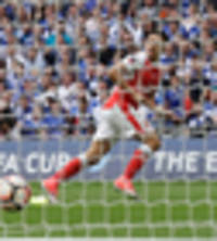 football: arsenal lead chelsea in fa cup final