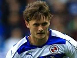 john swift insists there is no pressure on reading