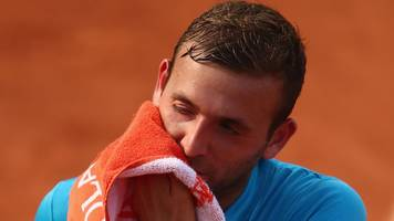 french open 2017: dan evans loses to tommy robredo in first round