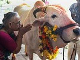 Kerala to challenge Modi's cow slaughter ban in the SC