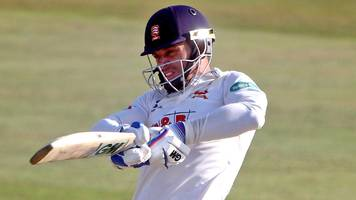 essex v surrey: rain interrupts tightly-fought contest at chelmsford