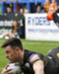 warrington wolves 12 salford red devils 38: niall evalds hat-trick secures crucial win