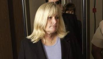 debbie rowe wiki: 4 facts to know about michael jackson's ex-wife