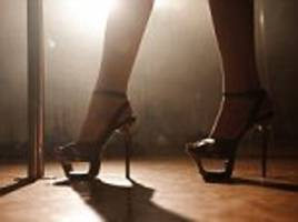 florida strippers suffer diarrhea onstage at nightclub