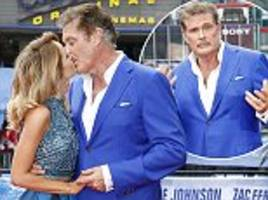 david hasselhoff and hayley roberts pack on pda
