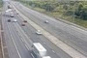 m25  junction 29 towards romford has lane closed after vehicle...