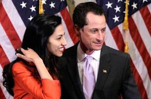 after filing for divorce, huma abedin reportedly inviting anthony weiner back home