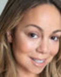 mariah carey frees the nipple on braless outing