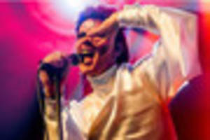 david bowie tribute act absolute bowie is coming to leicester...