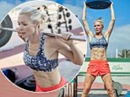 nell mcandrew, 43, displays her six pack in lanzarote