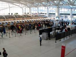 the 10 airports in america people dislike the most