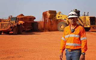rio tinto debt reduction proves popular with investors
