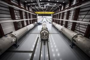 spacex wins launch of u.s. air force x-37b space plane