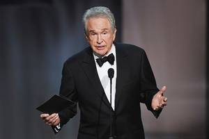 warren beatty returns to scene of oscars flub for afi's diane keaton tribute