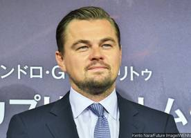 is leonardo dicaprio starring in 'shampoo' remake?