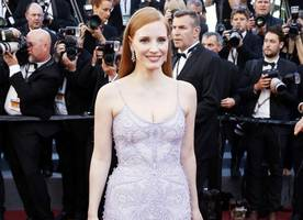jessica chastain parties with anne hathaway before getting married this weekend