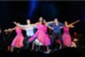 kevin and karen clifton mesmerise  the grimsby auditorium with...