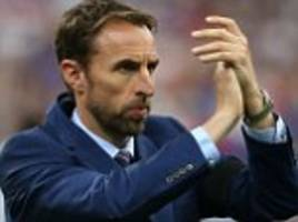 england manager gareth southgate joins under 21s