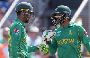 champions trophy: azhar ali and fakhar zaman's 118 partnership for pakistan v england