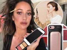 'pout case' lets your phone double up as a mirror