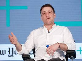 amazon might buy silicon valley darling slack for $9 billion — here's why it would be a smart move (msft, amzn, goog, googl)