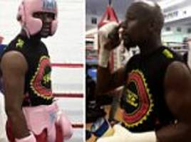 mayweather spars after mcgregor fight announcement