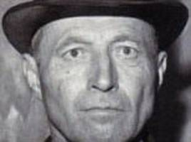 nazi head hunter invented his own guillotine killed 3,000