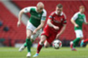 nottingham forest miss out on winger jonny hayes