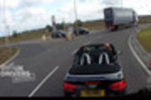 Angry Audi driver blocks lorry on roundabout near Grimsby