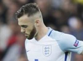everton keen on arsenal defender calum chambers