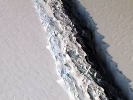 this animation shows how close antarctica is to losing an iceberg the size of delaware