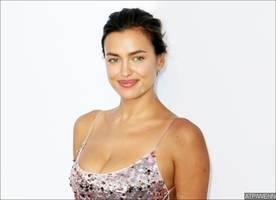 topless irina shayk flaunts major sideboob and derriere in never-before-seen photo