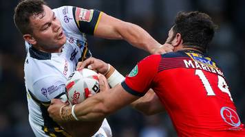 leeds into challenge cup semis with 10-try win over featherstone