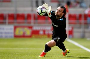 cardiff city confirm capture of goalkeeper lee camp with neil warnock ready to hand him no.1 jersey