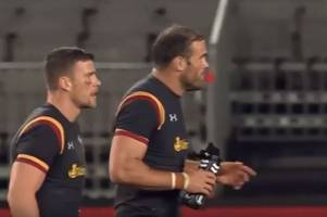 the bizarre moment sam davies and wales appear baffled by new penalty try law nobody knew about