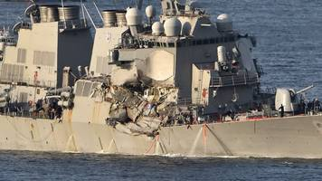 uss fitzgerald crash: race to find seven missing navy crew