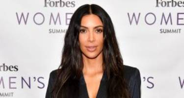 "Elsa, Kim Kardashian Look-Alike: The Reality Star Couldn't ""Let It Go"""