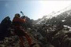 watch bude rescue as paraglider darren shepherd gets trapped...