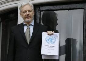 Everything you need to know about why Julian Assange is still in the Ecuadorian embassy