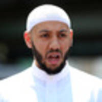London Mosque attack: Imam hailed as hero for calming crowd and defending attacker