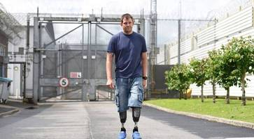 double amputee war veteran slater visits maghaberry prison