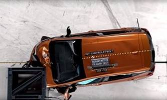 2017 chevrolet bolt gets top safety pick from the iihs despite one poor result