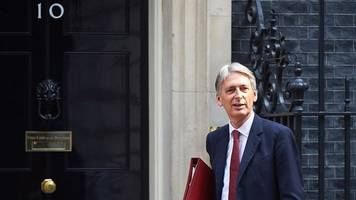 Philip Hammond on Brexit: Prioritise jobs and living standards