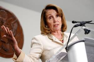 Nancy Pelosi slams Ajit Pai in letter supporting net neutrality