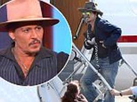 Johnny Depp offered to sell posessions in financial woes